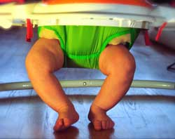 baby bouncer with legs